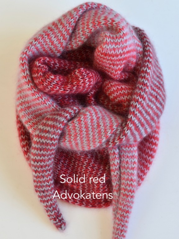 solid red advokatens