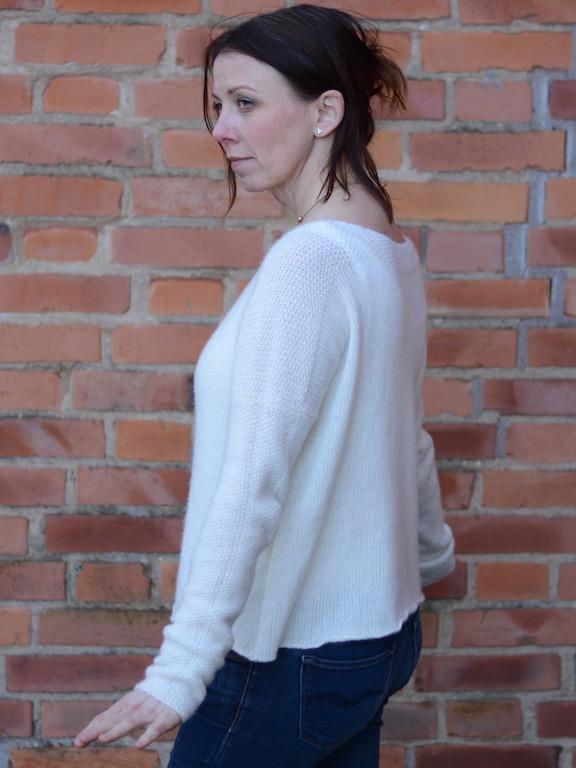 Simplycashmeretwo. Lättstickad tröja i 100% cashmere. Design Mia Aarstrand, GarnTua